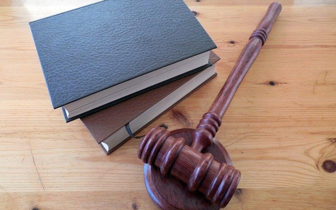 Lleis de propietat horitzontal estatal i de Catalunya