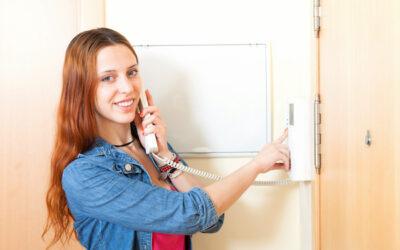 ¿Quién debe pagar el arreglo del interfono o de la toma de TV de mi casa?